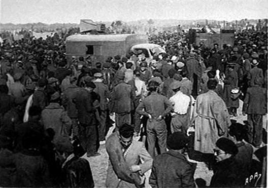 http://www.ajpn.org/images-camps/1256517219_Les-miliciens-concentres-au-camp-dArgeles-sur-mer.jpg
