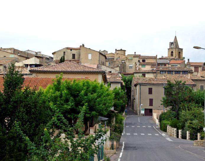 Pierrevert alpes de haute provence travels ma for Haute provence