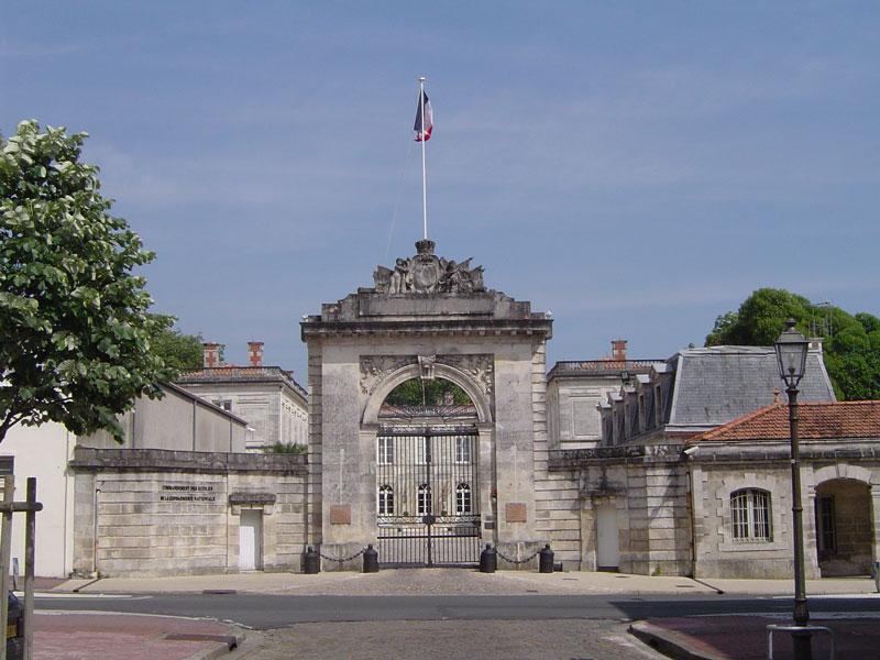 Un Hotel En Ville La Rochelle France